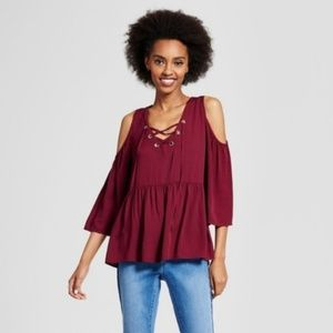 [ new ] Lace Up Cold Shoulder Top
